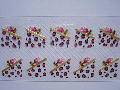 unhas com adesivos