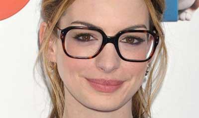 12e39f6b16527 40 Dicas de Modelos de Óculos para Rosto Redondo