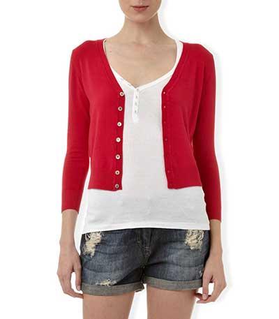 look vermelho e branco