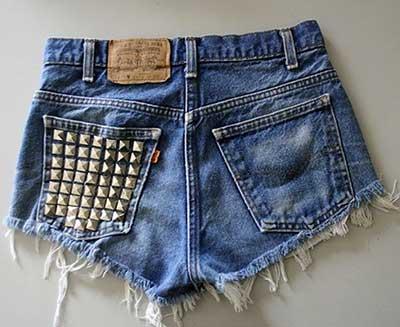 shorts com tachas