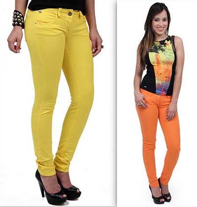 calças jeans coloridas