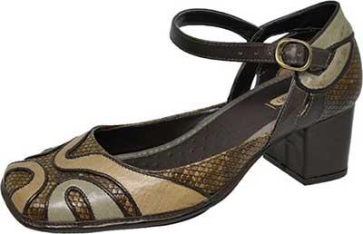 sapatos boneca da moda