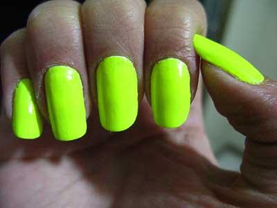 verde meio amarelado ou amarelo meio esverdeado