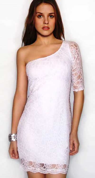 modelo de vestido curto de renda