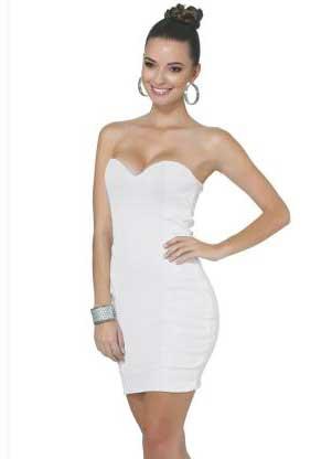 Vestido curto branco tomara que caia