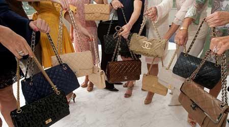vários lindos modelos de bolsas