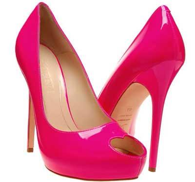 sapatos de salto da moda