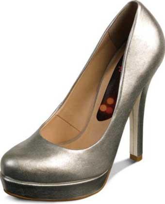 dicas de sapatos de salto alto na cor prata