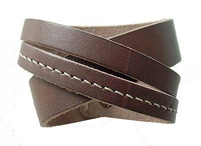 fotos de braceletes de couro