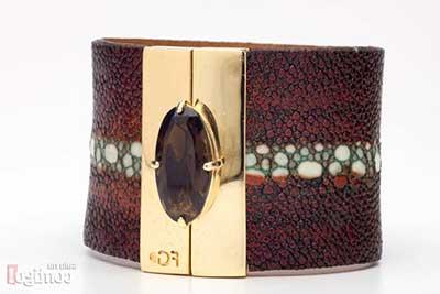 tendências de braceletes de couro