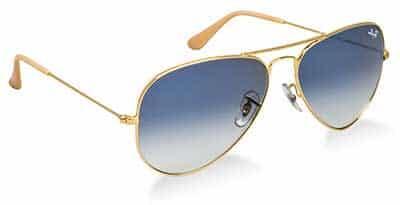 3c16d5db7bf05 A Ray Ban é uma grife de óculos esportivos já consagrada no mercado. Por  muito tempo foi voltada realmente apenas aos militares, com modelos  grosseiros e ...