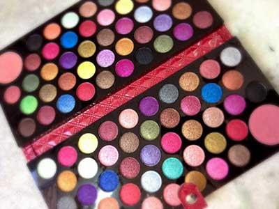 fotos de paletas de maquiagens