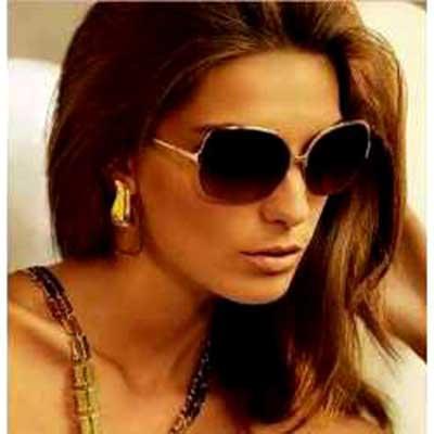 imagens de mulheres de óculos