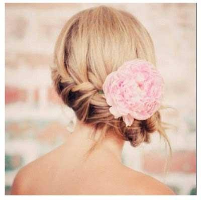 penteado para um encontro romântico