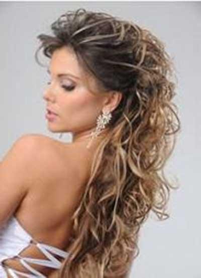 imagens de penteados com franjas e cachos