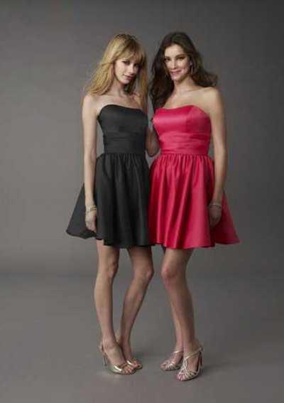 fotos de mulheres de vestidos