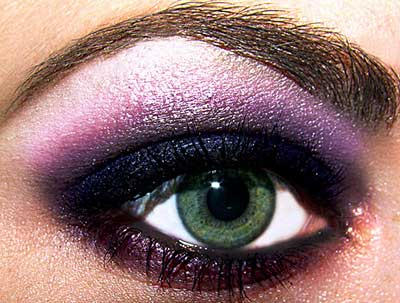 maquiagens roxas