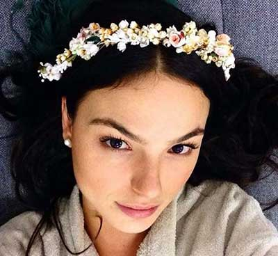 fotos de tiaras com flores