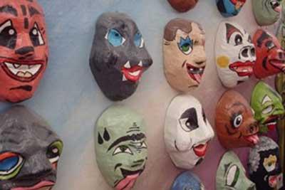 Resultado de imagem para fazer mascaras carnaval