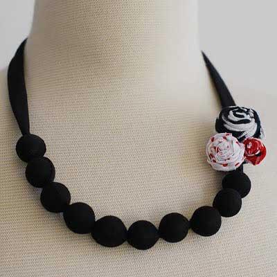 foto de colar feminino