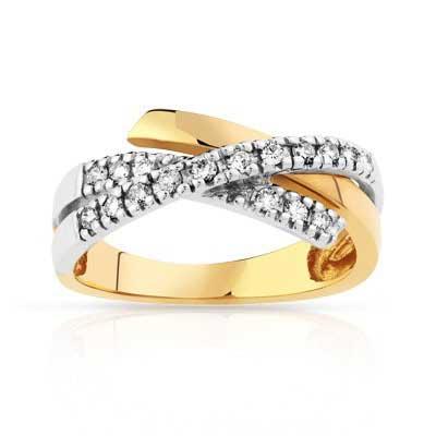 imagem de anel de brilhantes