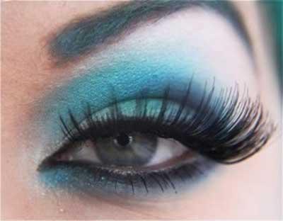 como fazer maquiagem azul