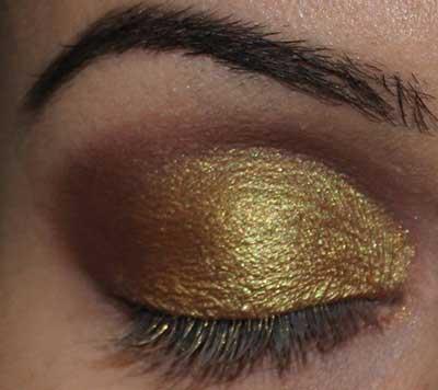 maquiagem dourada