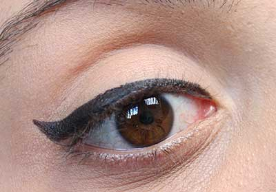 delineador nos olhos