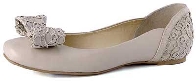 imagens de sapatilhas brancas
