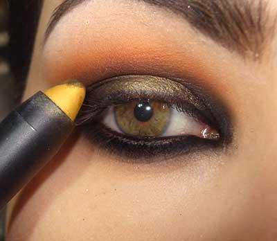 olho laranja