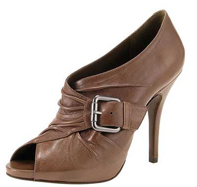 imagens de calçados arezzo