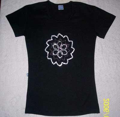 Fotos de Camisetas Bordadas Românticas