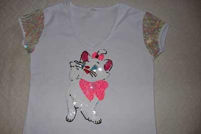 Camisetas Bordadas Românticas