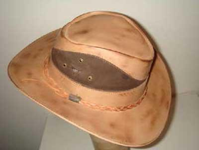 chapéis de couro