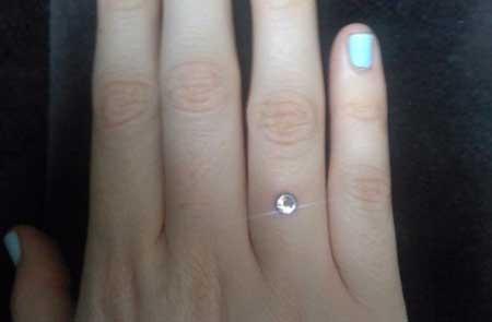 piercings no dedo