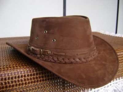 chapéu de couro para mulheres
