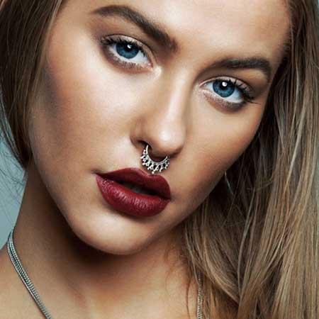 imagens de piercings falso