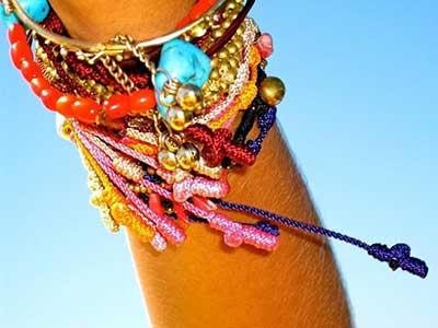 fotos de pulseiras hippies