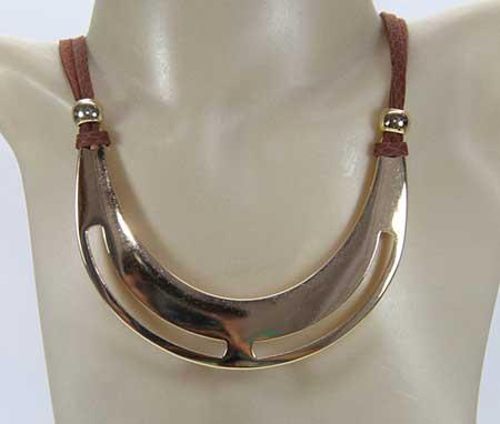 colar feminino