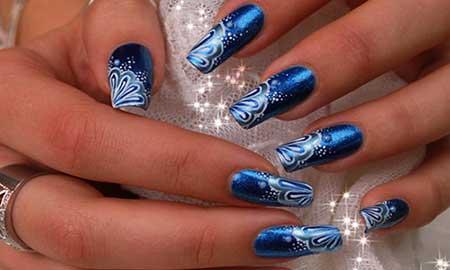 unhas azuis decoradas