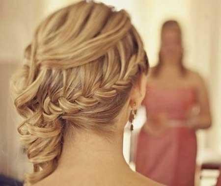 fotos de modelos de penteados com tranças laterais