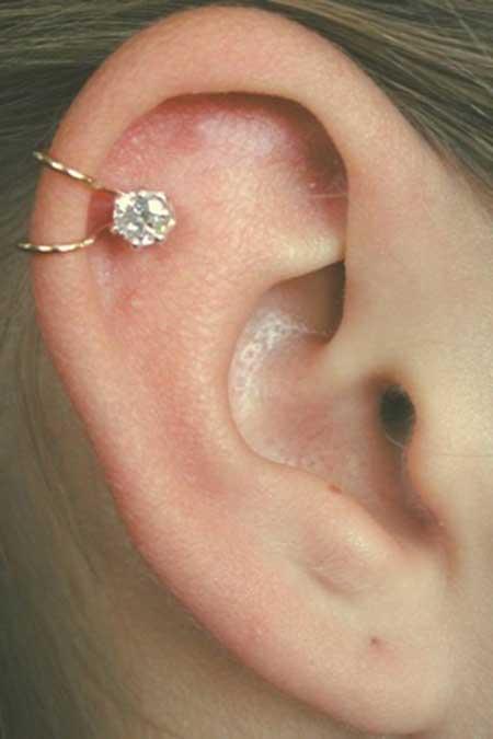 imagens de piercing na cartilagem